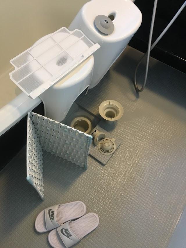 意外と知らない!?お風呂の排水口の掃除!こんなところも外れる!
